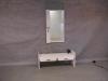 Vitlaserad bänk med spegel